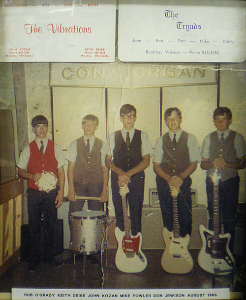 The Vibrations/The Triads, August 1966